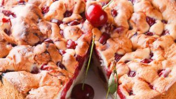 Plăcinta cu vișină