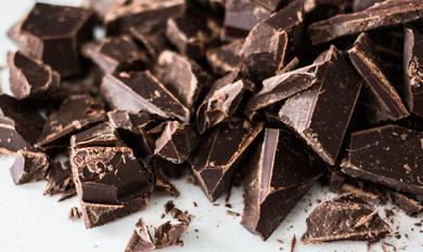 Cuvertura de ciocolata neagra 213-1 GustaPro 500g