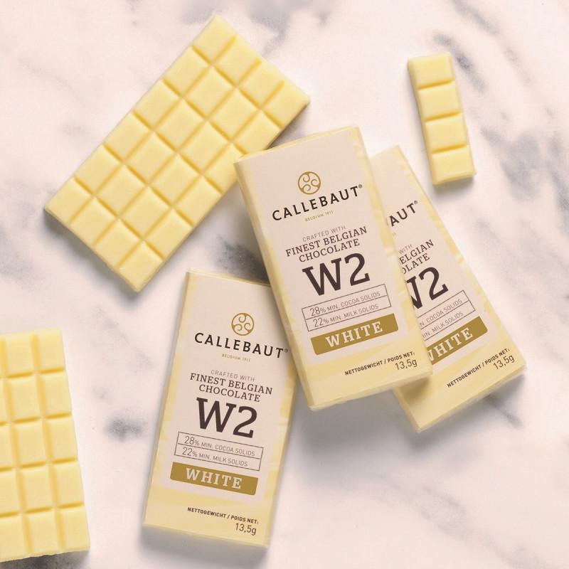 Minitablete ciocolata alba W2 Napolitains 13,5g 1buc Callebaut